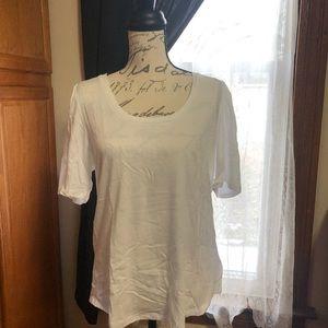 Old Navy white t-shirt